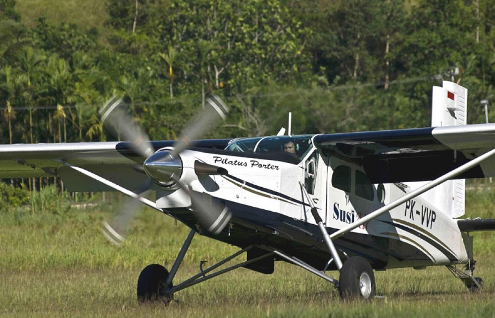 PC-6 Turbo Porter 4